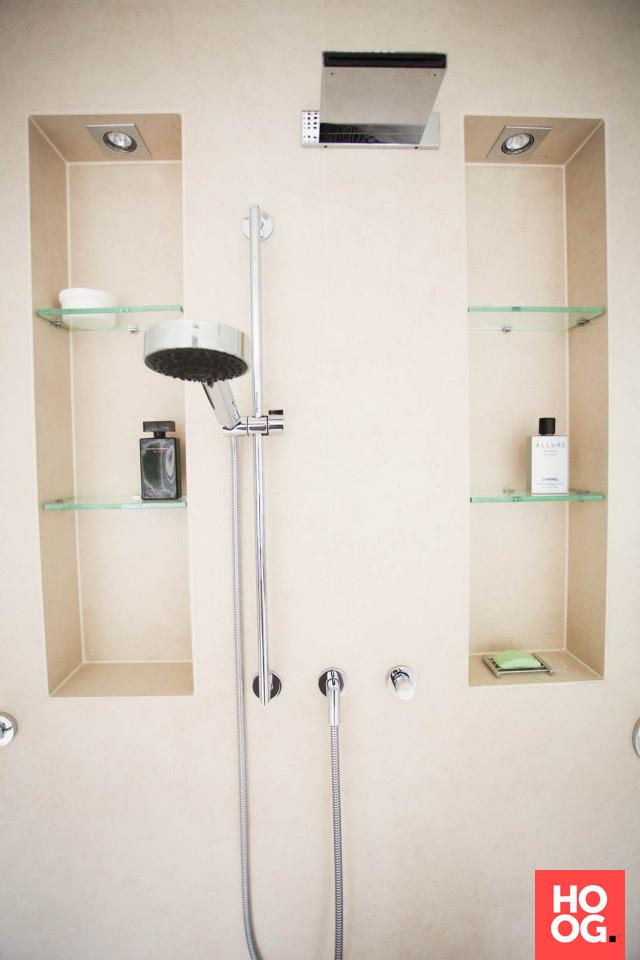 Luxe douche in badkamer ontwerp | badkamer ideeën | design badkamers ...