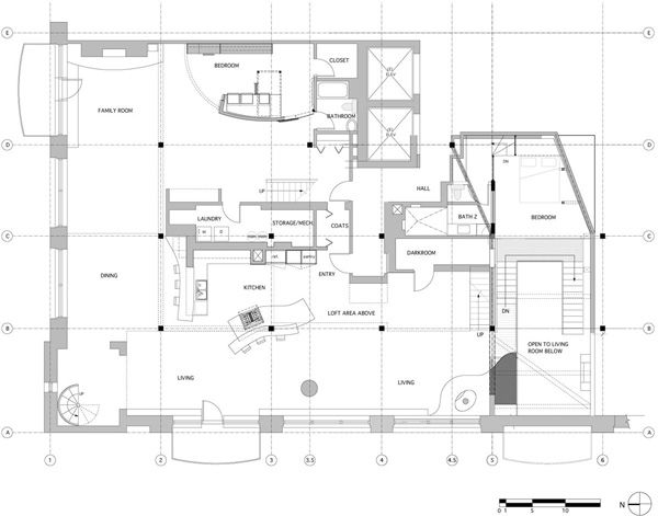 entä jos saareke olisi hieman vinossa??? http://www.onekindesign.com/2013/12/21/three-story-west-loop-loft-renovation-chicago/ West Loop Loft-Scrafano Architects-11-1 Kindesign