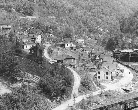 "historic  coal towns maryland | Photo about 1930's"" weeksburry ky"