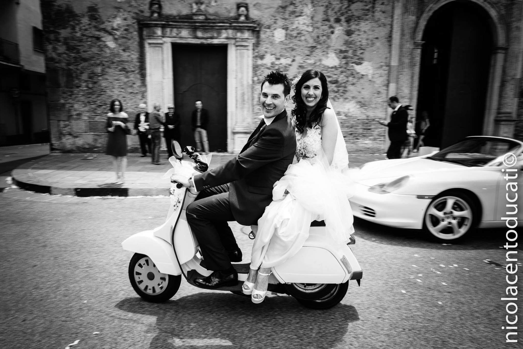 Matrimonio In Vespa : Wedding car rental solutions for all tastesu and every dream