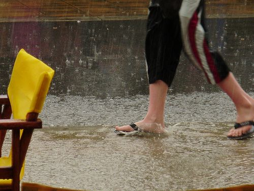 b3282bbc4b4c7 Flip flops in the rain is horrible. Your feet get all yucky and slimy. Not  a fan here.