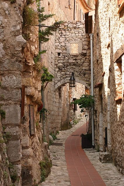 Quiet Street In Eze In 2020 South Of France Beautiful Places