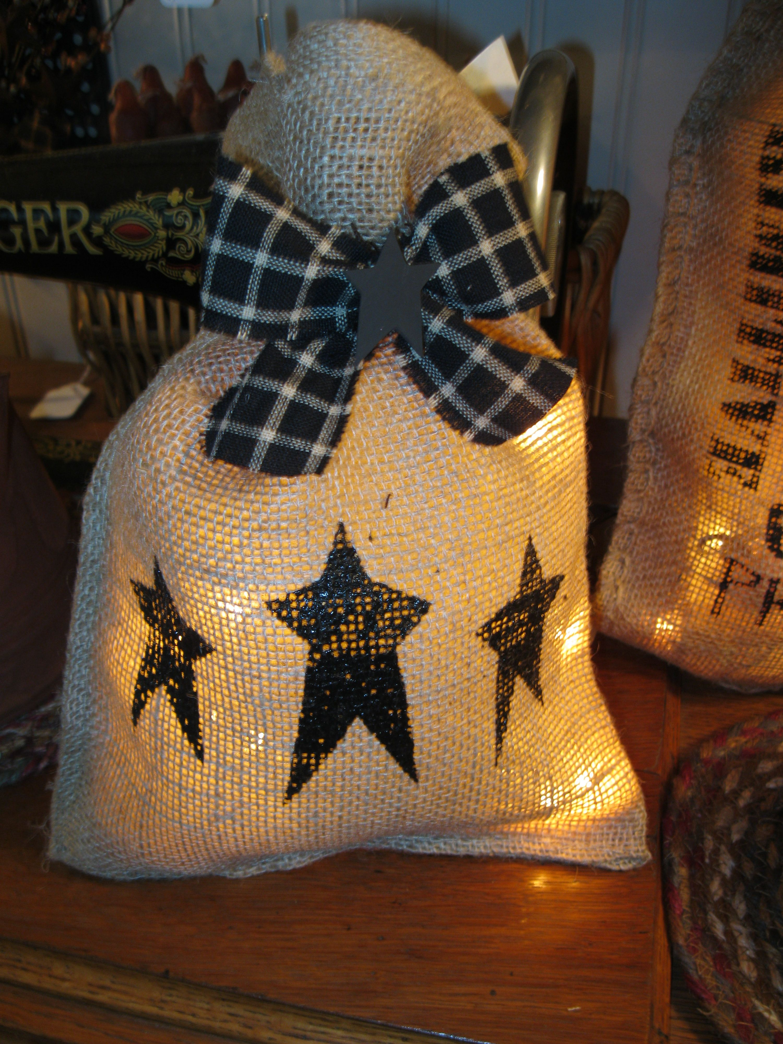 Lighted bag treasures by diane pinterest bag lights Burlap bag decorating ideas