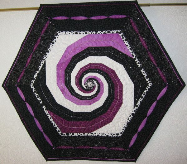Baravelle Spiral paper piecing quilt pattern | Quilt - Foundation ... : spiral quilts - Adamdwight.com