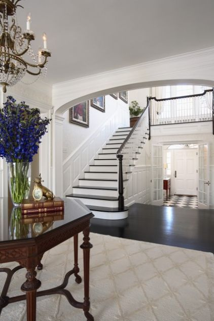 floors-checkered mixed with wood, white risers on stairs