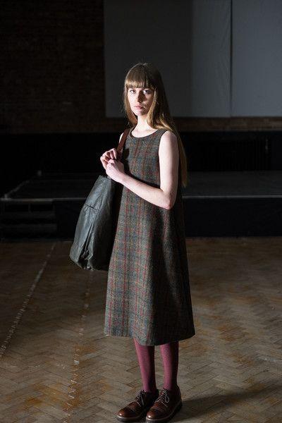 The Trapeze Dress Sewing Pattern Merchant Mills Robe Sans Couture Modele De Robe Idees Vestimentaires