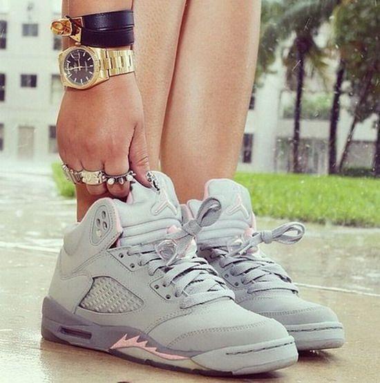 f4e1b0001e6b3d Jordans Retro