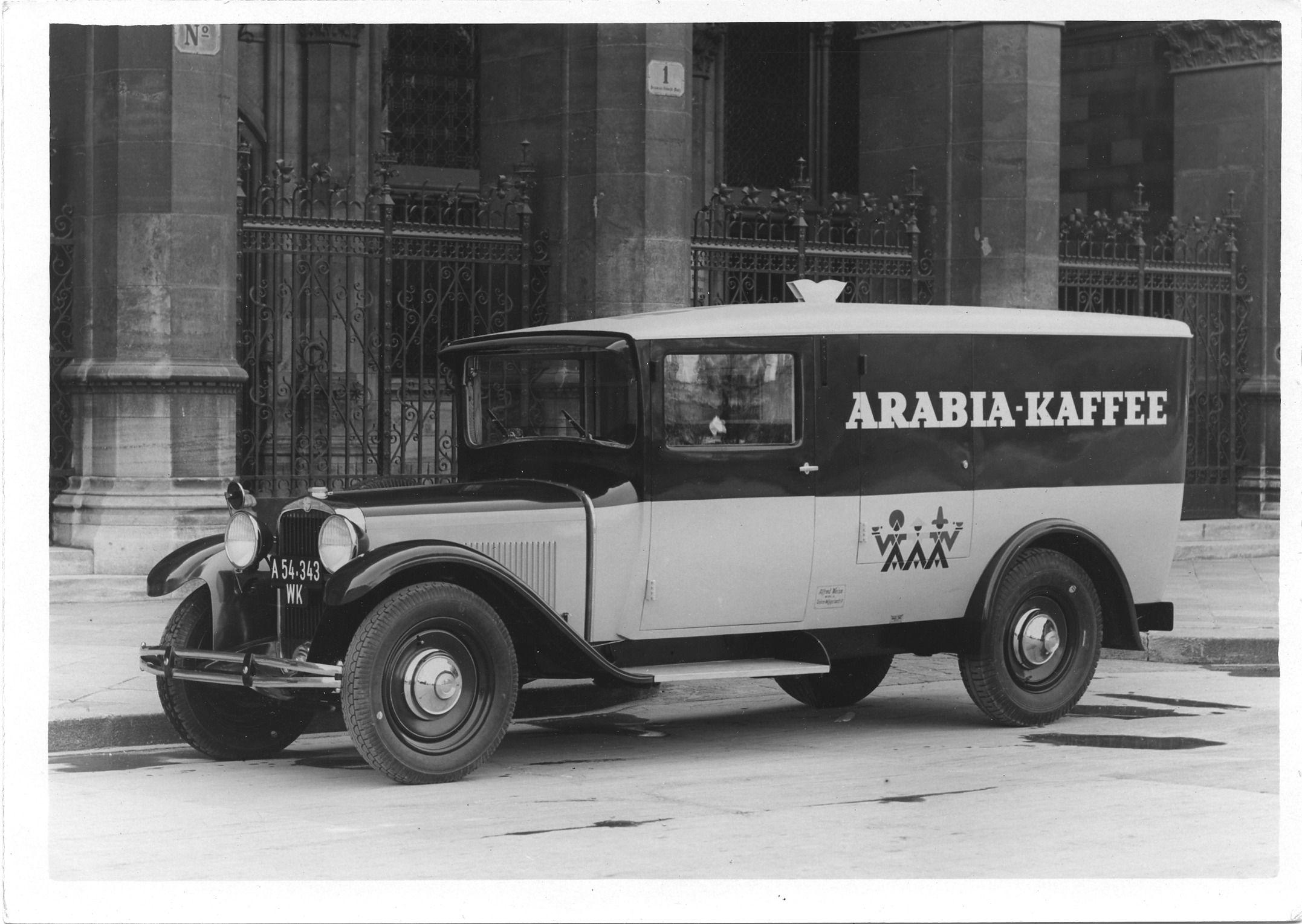 Joseph Binder, Fotografie eines Lieferwagens von Arabia, 1932