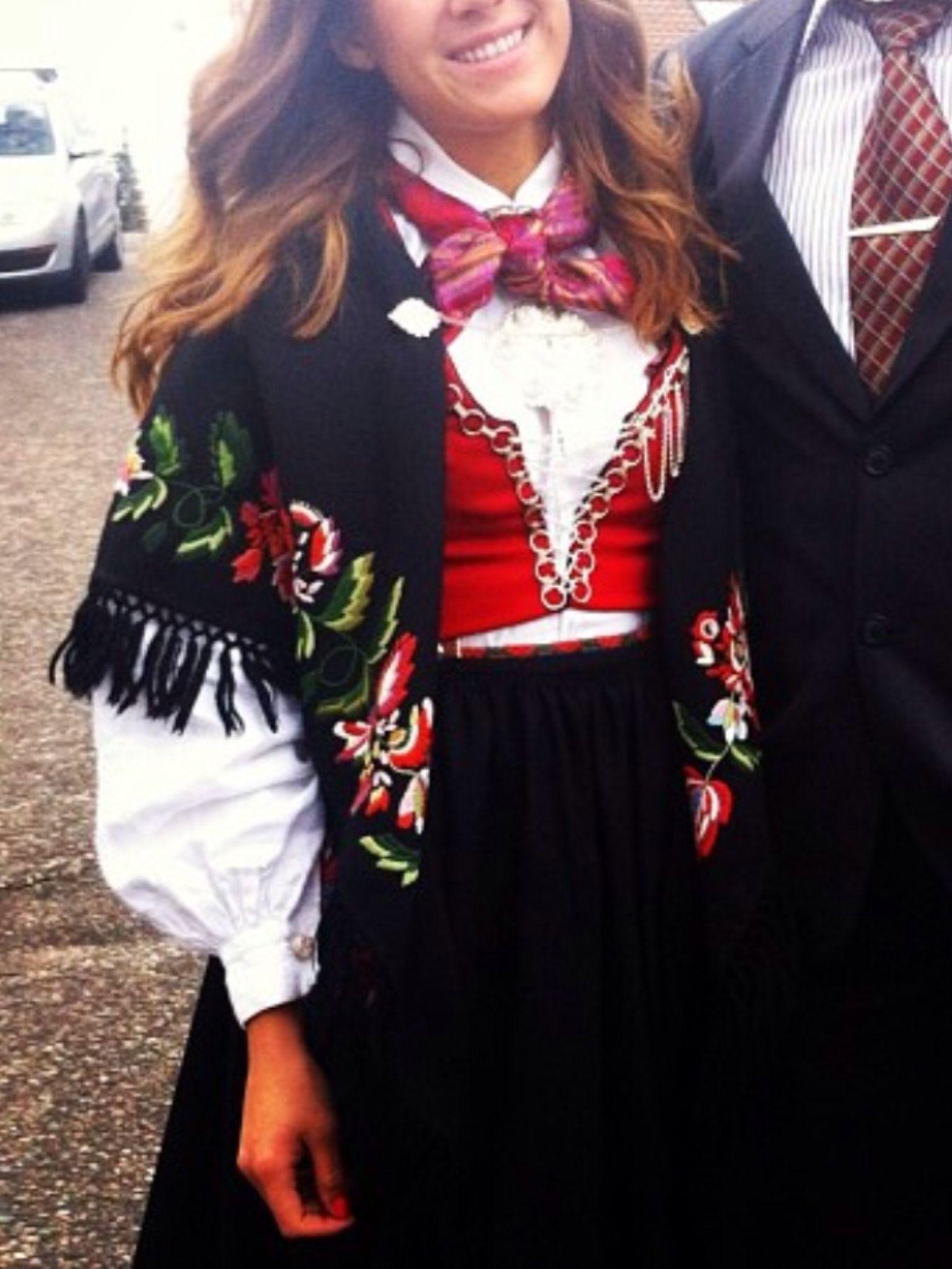 Vest Agder Bunad Folk Dresses Dress To Impress Folk Costume