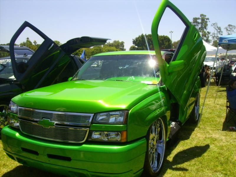 neon green car paint the image kid has it. Black Bedroom Furniture Sets. Home Design Ideas