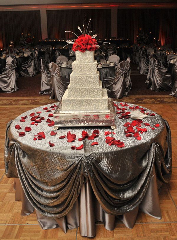 Chair Covers Rental Cleveland Ohio White Resin Chairs Wedding Canton Akron Cover Youngstown Reception Sashes Table Linens Overlays Napkins Holiday