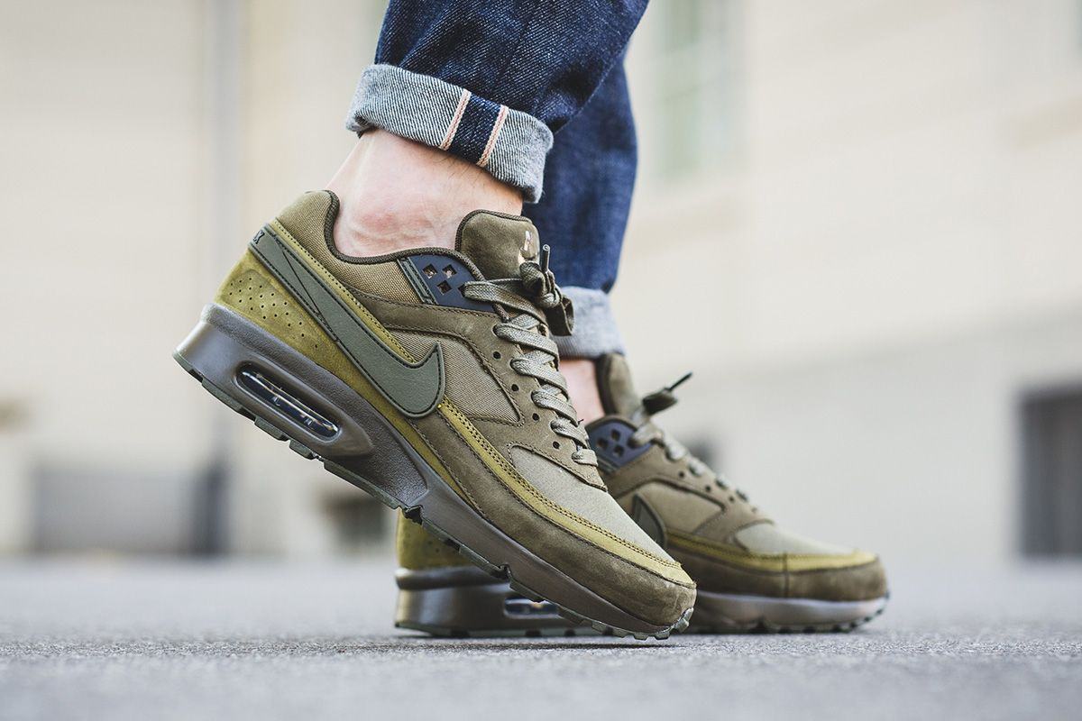 Prep For Fall With This Nike Air Max BW Premium Dark Loden • KicksOnFire.com