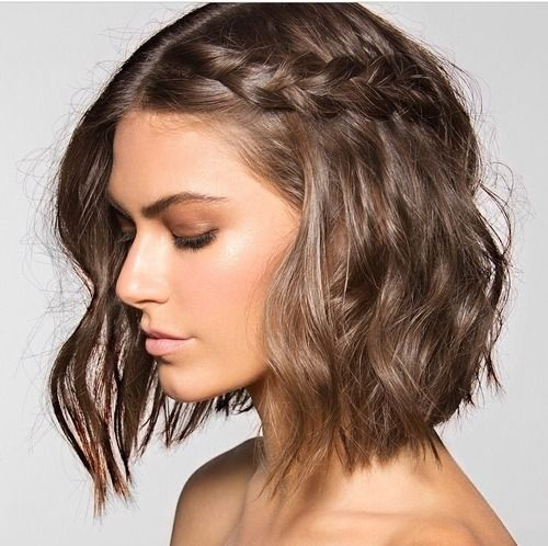 Side Braided Hair At The Crown For All Short Or Bob Haired Las Very Cute And Looks Simple Enough Especially Now With My Angled Haircut