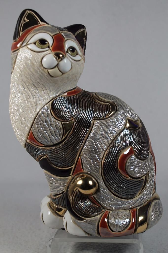 DeRosa Rinconada Cat Resting NIB # F155 De Rosa Ceramic Figurine NEW IN BOX
