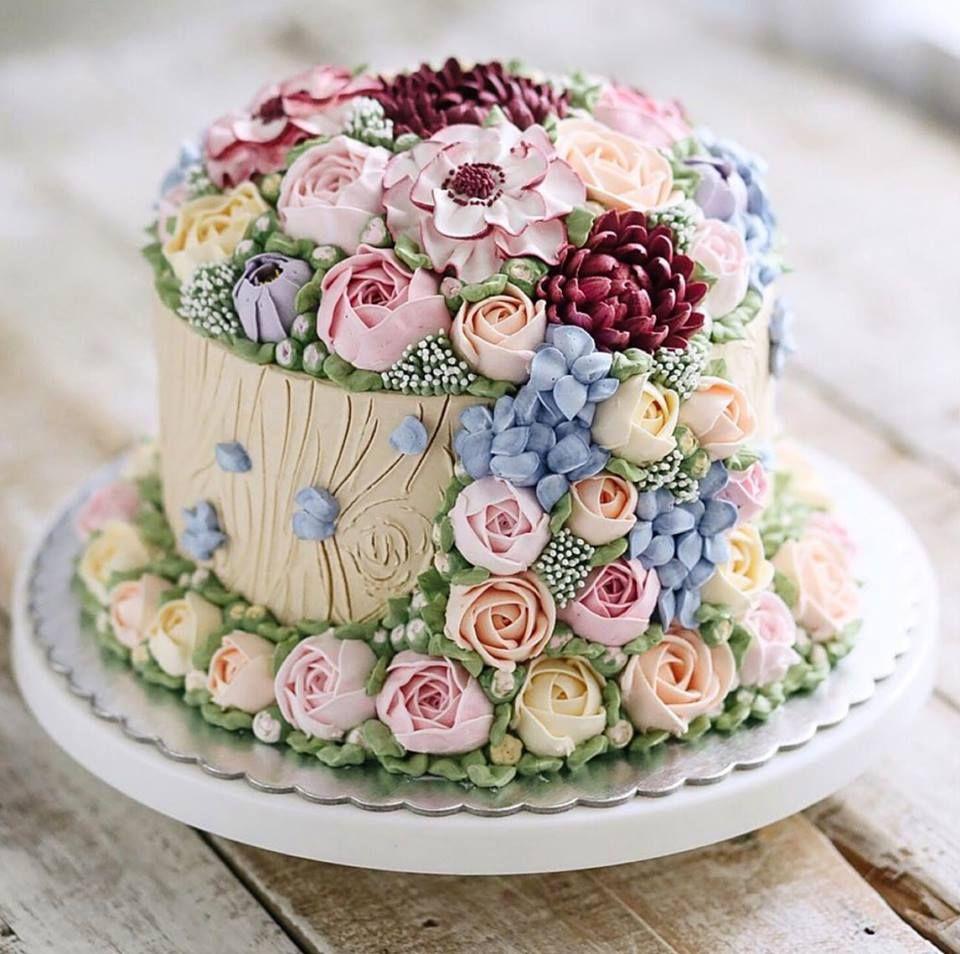 incredible buttercream flower cake Pretty birthday cakes