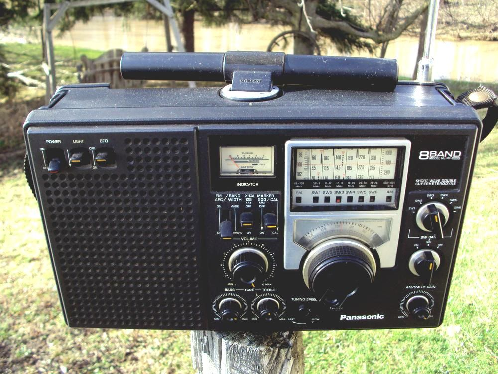 panasonic rf-2200 vintage am fm shortwave radio 8 band double ... on panasonic portable multiband receiver, panasonic rf 5000, panasonic rf-4800,