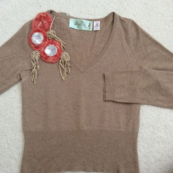 I just discovered this while shopping on Poshmark: ⬇️LOWEST Anthropologie Floral Corsage Pullover. Check it out!  Size: M
