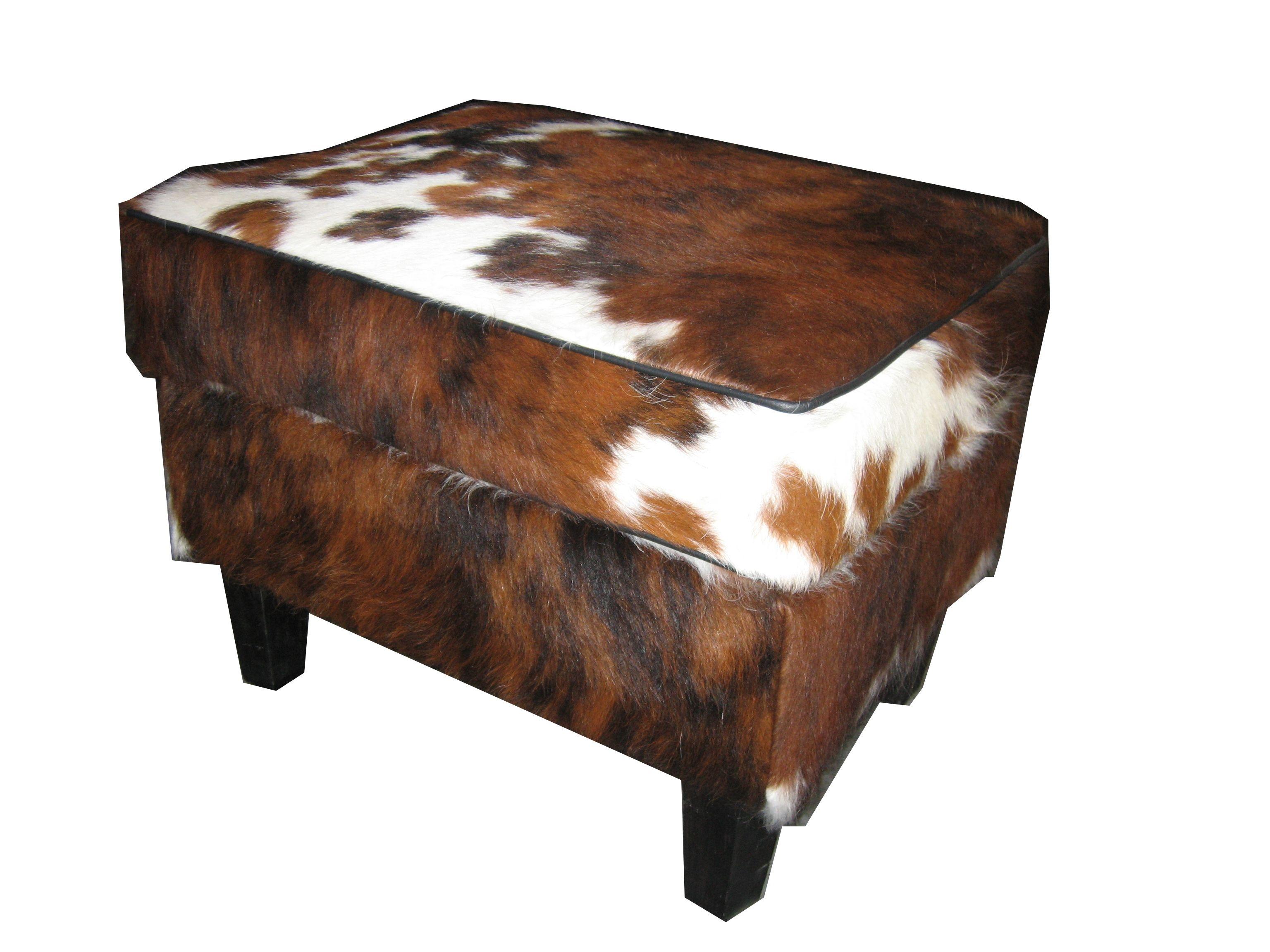 Goede Bij een luie stoel past een mooie met koeienhuid bekleed hocker NU-25