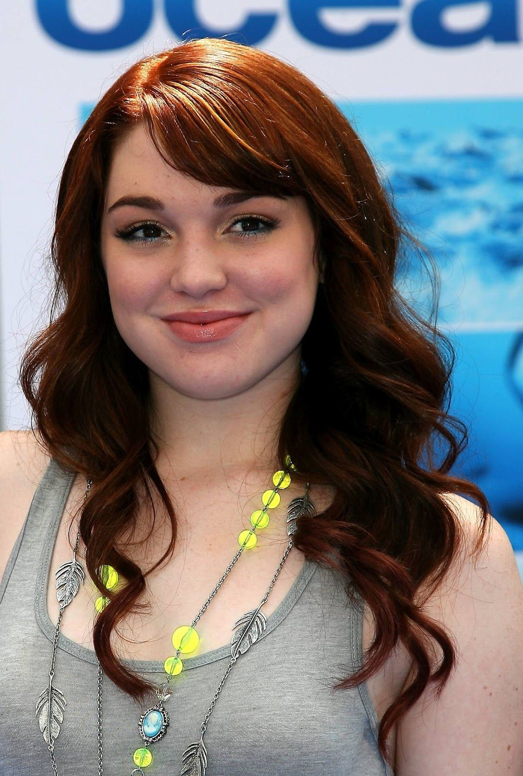 Hairstyles for long hair for homecoming wallpaper debby ryan