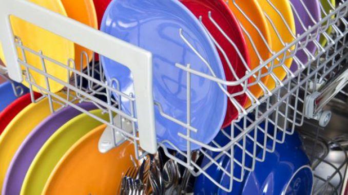 Pulver löst sich zuverlässig auf - garantiert sauberes Geschirr