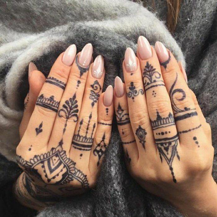 Henna Finger Tattoos: Uralte Kunst Zur Temporären Hautverzierung
