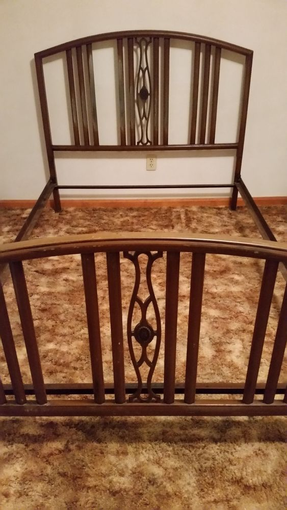 Vintage Art Deco 1930 S Simmons Full Size Metal Bed Frame Artdeco