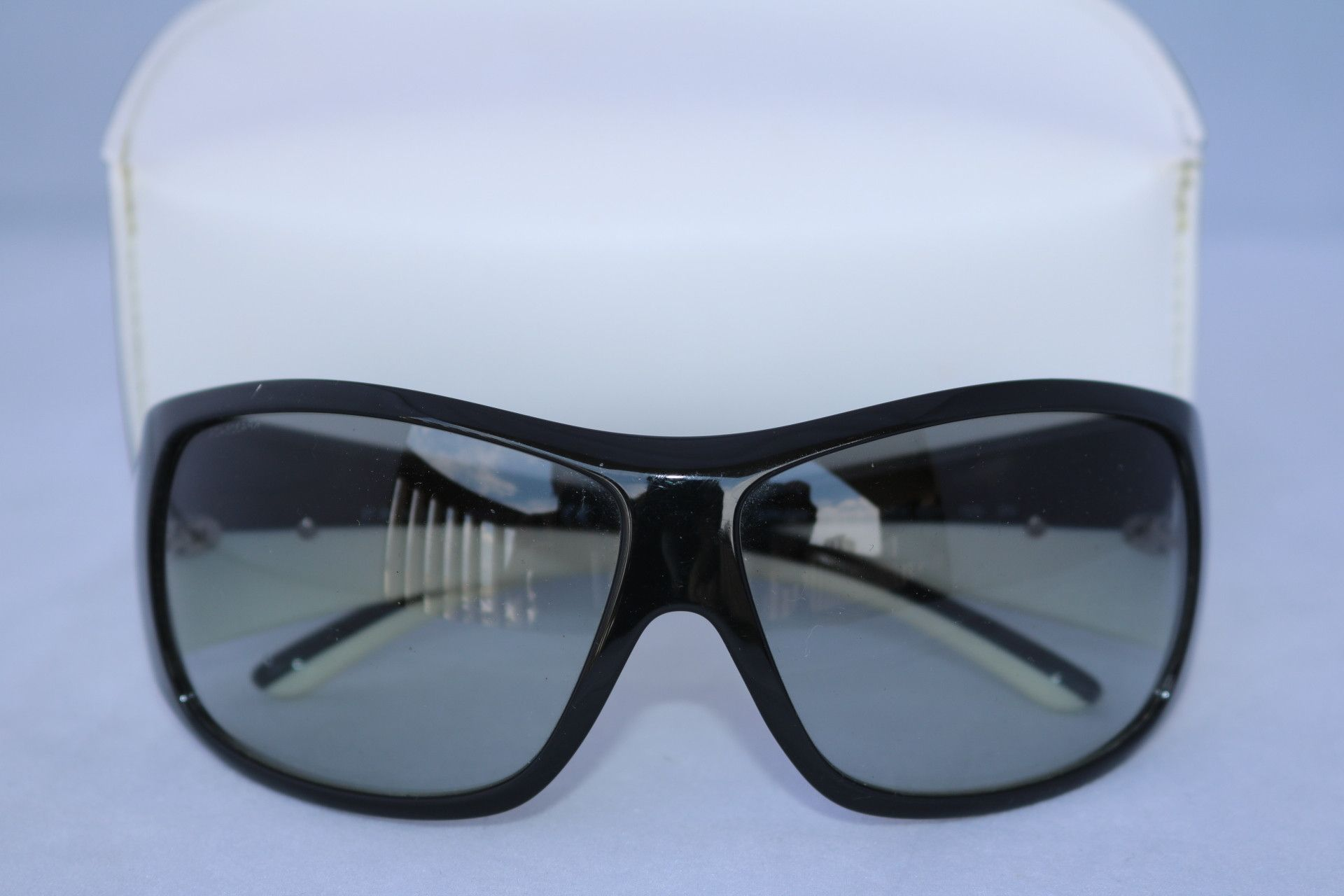 46c523b6537fc PRADA SPR 20 H SNINY BLACK WHITE SUNGLASSES RECTANGULAR UNISEX DISCONTINUED