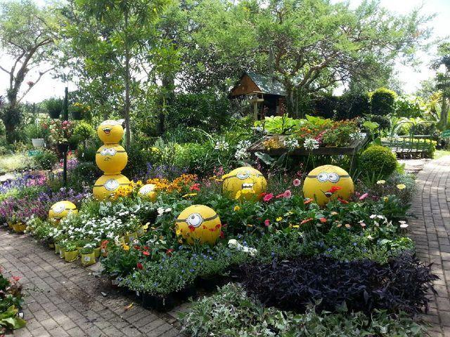 Garden balls: http://on.fb.me/1TRa4Y6 #smartstonenelspruit @nelspruit @tqgardens @guardiangardens @Outside_Design