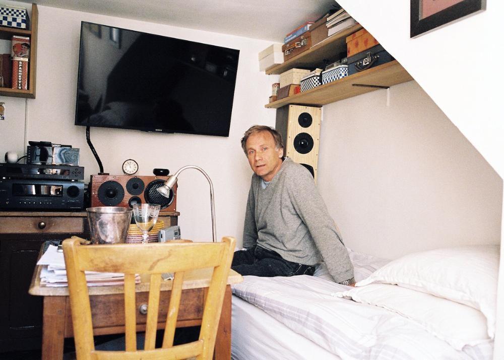 Sous Les Combles Avec Les Habitants Des Chambres De Bonne De Paris Chambre De Bonne Minuscules Appartements Chambre