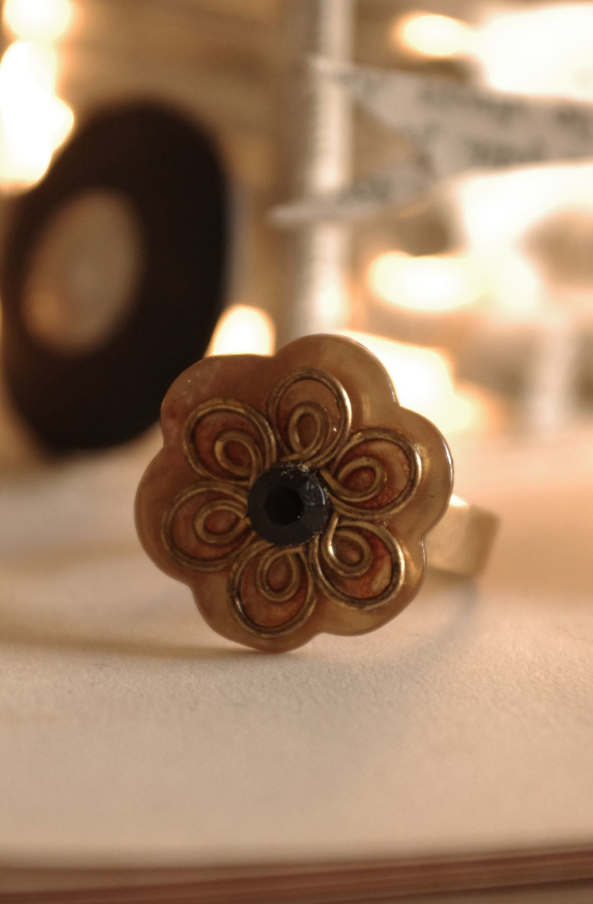 DIY jewlery ring made with buttons www.camilleaudouard.com