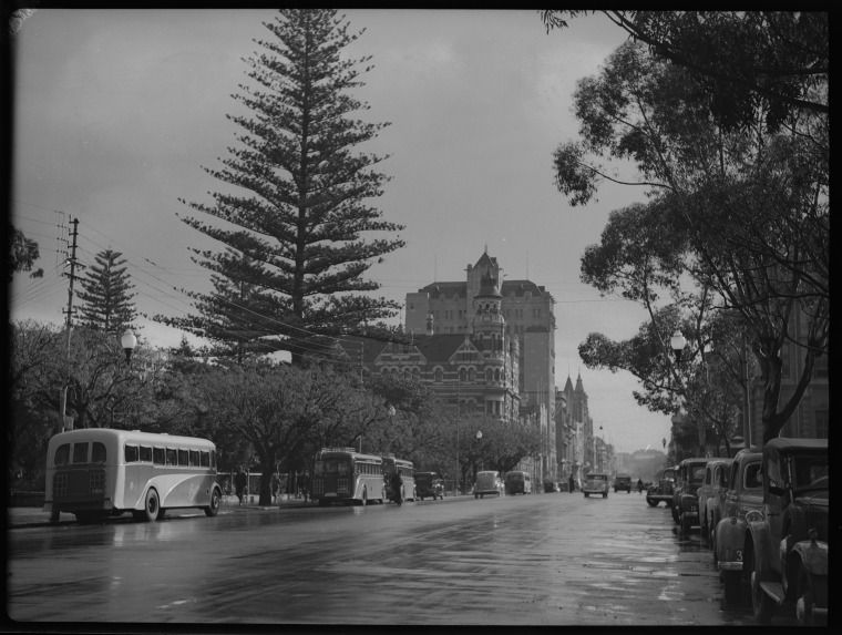 217660PD: St George's Terrace, July 1939. http://encore.slwa.wa.gov.au/iii/encore/record/C__Rb3416414__Stramways__Orightresult__U__X6?lang=eng&suite=def