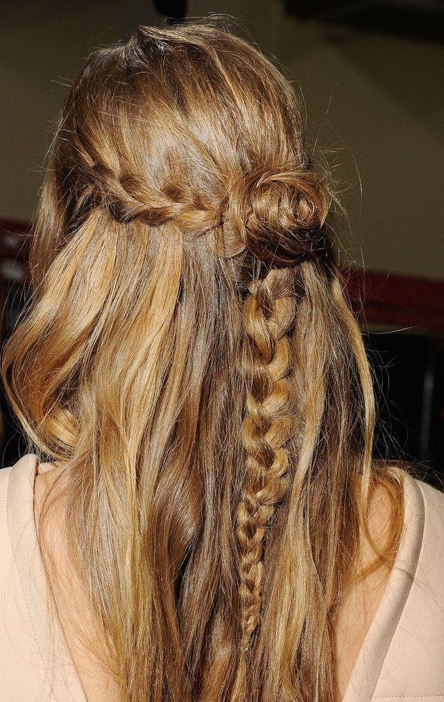 weekend hair: THE BRAID BUN COMBO http://bellamumma.com/2016/12/the-braid-bun-combo.html?utm_campaign=coschedule&utm_source=pinterest&utm_medium=nikki%20yazxhi%20%40bellamumma&utm_content=weekend%20hair%3A%3Cbr%3E%20THE%20BRAID%20BUN%20COMBO #weekend #hair #howto