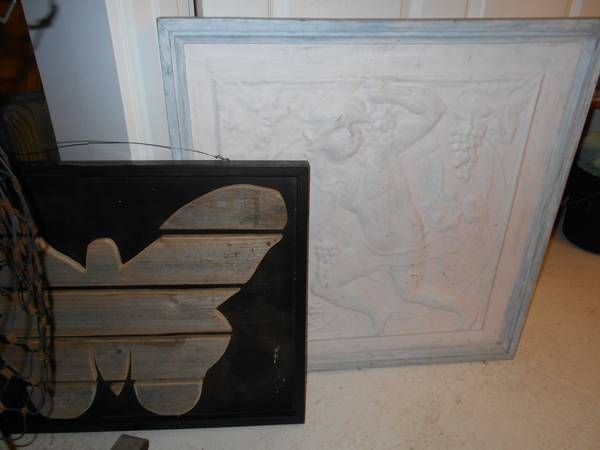 (2) Wire Dress Forms and Wall Art(use at your consignment shop/studio)