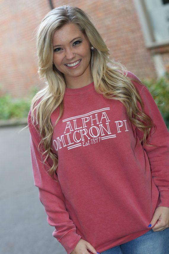 Alpha Omicron Pi Comfort Color Crewneck Sweatshirt - AOPI Letter Shirt - Comfort Color Oversized Shirt 6VPSmJSABh