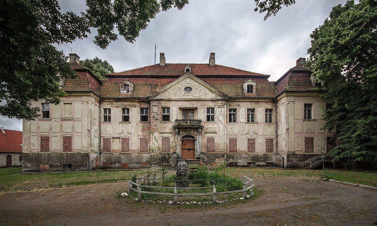 Sm Żukowice pałac u foto sławomir milejski country estate pinterest