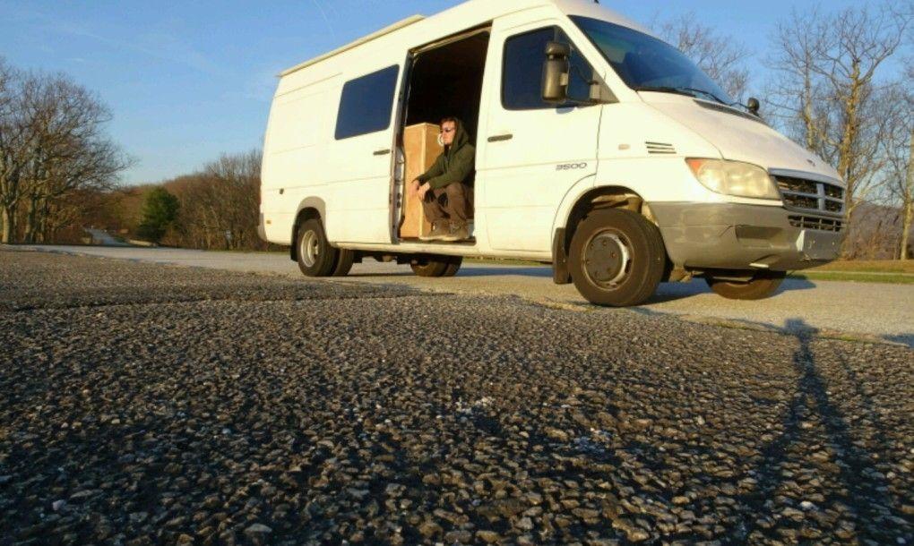 Man quits his job to transform his van into an offgrid