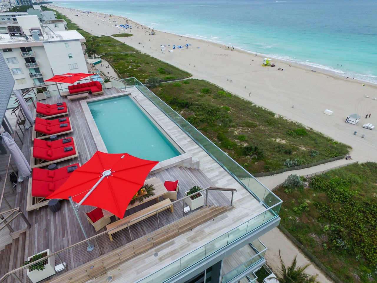 A Jaw Dropping Oceanfront Penthouse In Miami Beach Miami Beach  # Muebles Simon Marbella