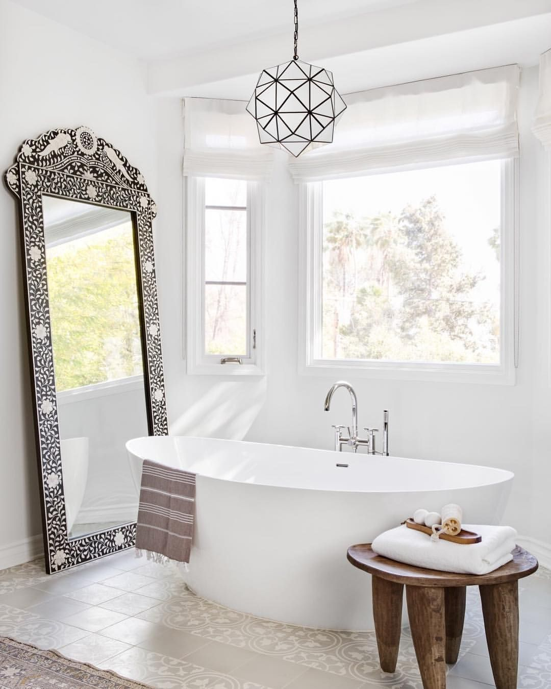 When You Want A Bathroom That Literally Reflects Your Relaxed Zen Vibe But Also Nails Yo Spanish Style Bathrooms Mediterranean Style Homes Mediterranean Decor