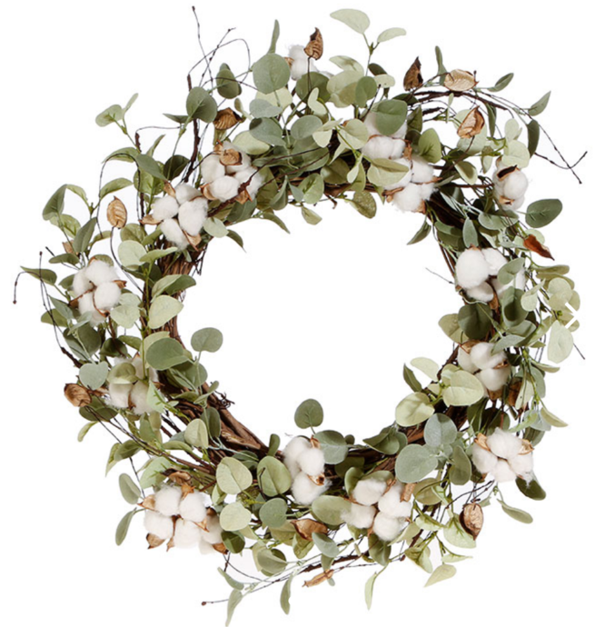 20 Magnolia Christmas Decor Ideas To Try: Eucalyptus & Cotton Wreath