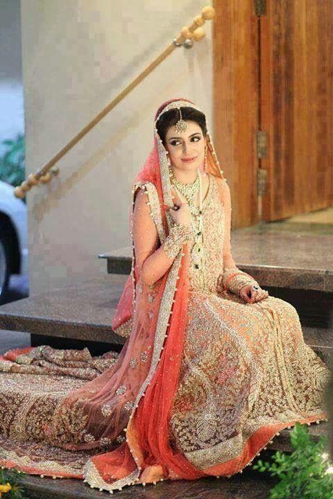 38ea3a1b048 light colors combination of bridal walima dresses (1)