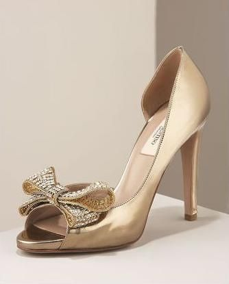 1089aded891 valentino shoes gold