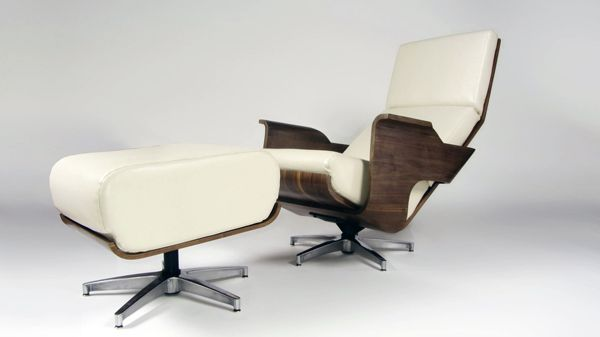 If you think you've seen Ricardo Marcos' Quatro chair before, then your eyes aren't deceiving you. This beautifully crafted chair and footrest combination takes a great amount of inspiration from none other than the ultra-famous 1956 Eames lounge chair. It's a fabulous, modern twist on the familiar fragment that is sure to be just as timeless.
