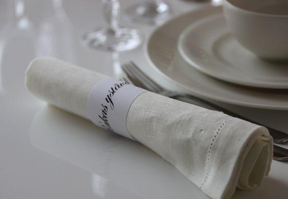 Ideas for Valentine's Day table settings - Ystävänpäivän kattausidea