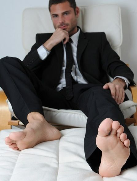 I Love Male Feet