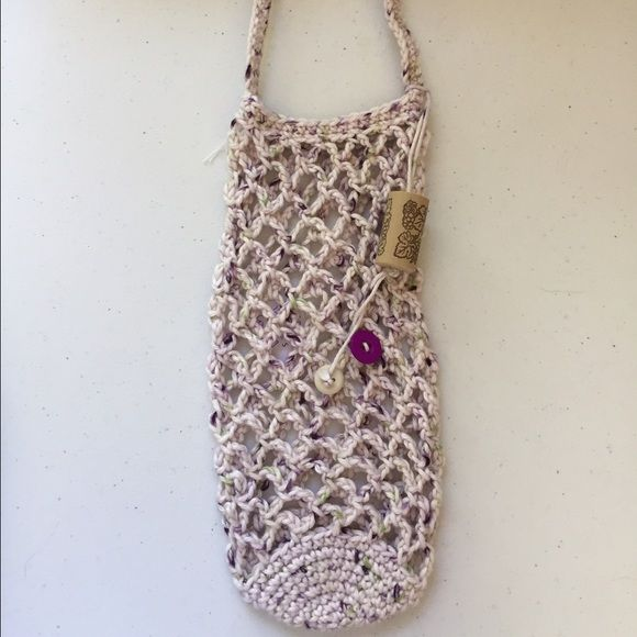 Hand crocheted wine bottle bag Price is firm as these were handmade by myself. Perfect for a hostess gift, shower gift or dinner party! Other
