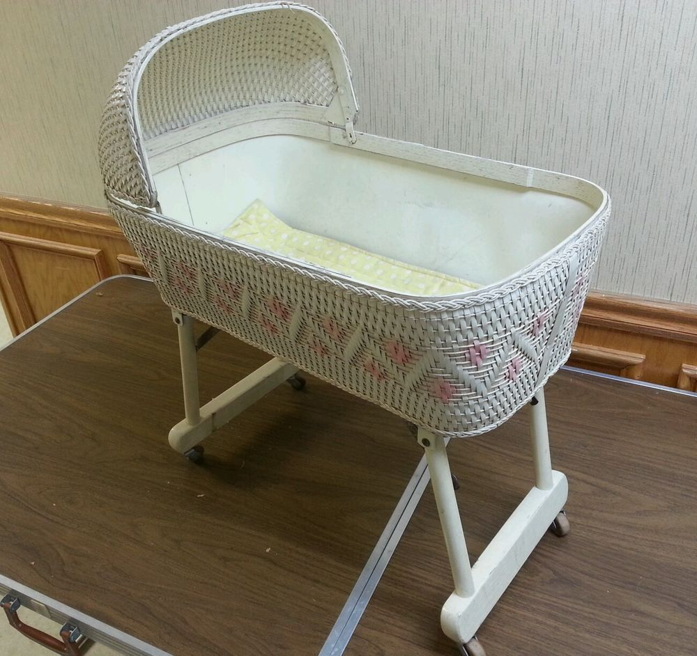 Antique Baby Cribs Vintage Wicker Baby Doll Bed Crib Rolling Bassinet Folding Legs