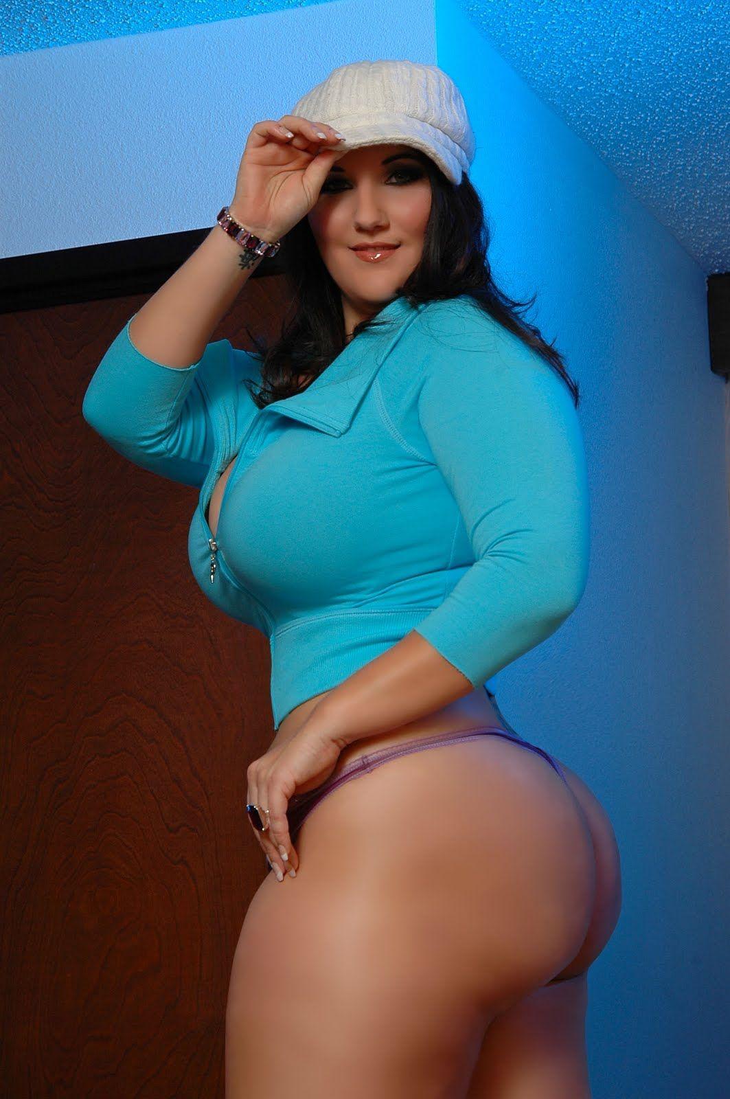 Paige Monroe Sexy Curves, Nice Curves, Curvy Women, Zaftig, Voluptuous  Women,