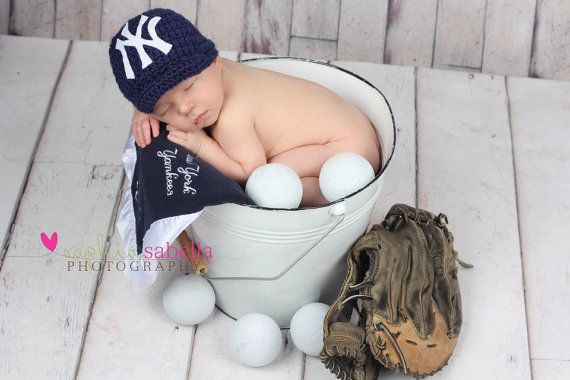 Yes, I will be subjecting my future child to this...Go Yankees!!