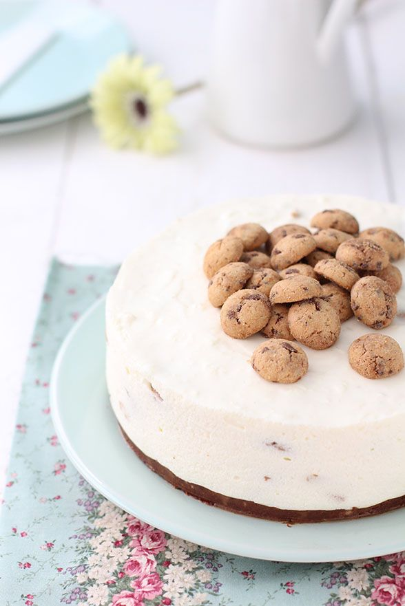 Chocolate Chip Cookie Cheesecake. Tarta de queso con galletas chips ahoy.  #raquelkitchen raquelkitchen.blogspot.com