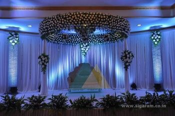 Royal Wedding Reception Decorations Ideas And Images 91e5f0102e9982438c78b98787f7ffe9 350x232